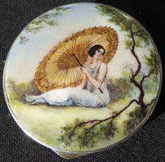 Antique-1920-30s-Art-Deco-Fully-Enameled-Sterling-Compact-Pretty-Woman-Umbrella