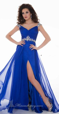 40 Amazing COUTURE DRESSES By MAC DUGGAL