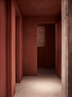 Terracota, marsala, brick: the return is variegated - deco Interior Architecture, Interior And Exterior, Interior Design, Red Interiors, Colorful Interiors, Marsala, Copenhagen Restaurants, Space Copenhagen, Restaurant Design