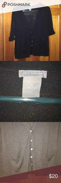 EUC ANN Taylor black short sleeve cardigan Great cardigan Ann Taylor Sweaters Cardigans