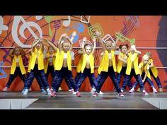 "Презентация групп DS STAR ""3 года DS STAR"" - YouTube Christina Aguilera Dirrty, Christina Aguilera Albums, Dance Videos, Music Videos, Jason Derulo Albums, Flash Mob, Baile Hip Hop, Zumba Kids, Tinie Tempah"