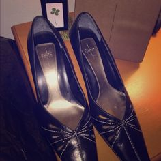 """Paolo Black """"Meranda"""" Shoes Beautiful Paolo Shoes....👠 comes in original box if you would like! All of my shoes are stored in either plastic bin or original box. Like new!! 👠👡👢.  🚫Trades. All pricing inquiries should go through """"offer"""" option via this posting. Linea Paolo Shoes"""