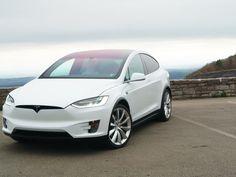 Tesla actualiza función de piloto automático para hacerla más segura http://j.mp/2cUI0mE