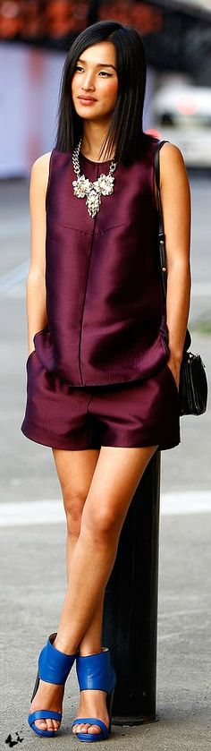 Pretty, very feminine short outfit in deep purple. I Love Fashion, Passion For Fashion, High Fashion, Womens Fashion, Fashion Trends, Net Fashion, Style Fashion, Style Work, Mode Style