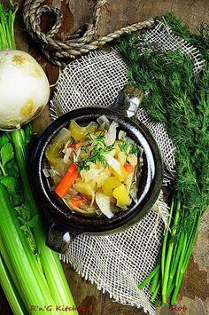 R'n'G Kitchen: Kapuśniak ze świeżej kapusty po rosyjsku