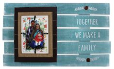 Together We Make a Family Pallet - Click through for project instructions.