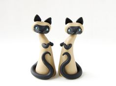Polymer Clay Siamese Cats — so elegantly simple! Untitled | Flickr - Photo Sharing!