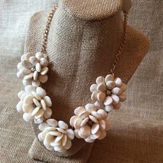 Creme Rosette Statement Necklace Brand New set in Gold-tone Metal. Very Stylish & a Perfect Statement Piece! Boutique Jewelry Necklaces