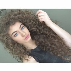 #curlyhair #curlyhairroutine #cachosestilosos #cacheadas #intimasdaray #cachos…