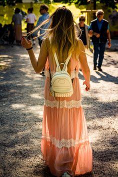 walking on sunshine - A girl walking on a park in Milan.