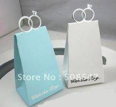 Accessoires de fêtes et d'évènement pas cher, Achetez directement de China Suppliers: Boîte de bonbons de noël 100pc bleu, pyramide triangulaire avec anneau cadeau de mariage faveur boîtePièces: 100 pcsTaille: 6.5x5x12.5cmPeut mettre 3-6 colombe, bisousCouleur principale: b