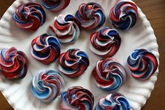 Red, white, and berry meringue cookies: a can't miss fourth of july recipe Fourth Of July Food, 4th Of July Party, July 4th, Holiday Treats, Holiday Recipes, Holiday Foods, Meringue Cookies, July Crafts, Love Food