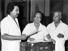 Happy Birthday Pancham Da: Rare and unseen pictures of RD Burman Rare Pictures, Rare Photos, R D Burman, Indian Music, Indian Art, Bollywood Posters, Cinema, Happy Birthday, Singer