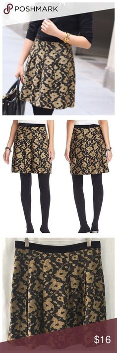 Ann Taylor LOFT Black Gold Velvet Pleated Skirt 10 Ann Taylor LOFT 10 Black Gold Jacquard Pleated Velvet Waistband Skirt • Size 10 • Side zipper with hook and eye closure • 70% polyester 30% rayon • Fully lined • Velvet Waistband  • 16.5 inch waist, measurements taken while flat • 20 inch length • Pleats • Black and gold in color • Excellent pre-loved condition, no imperfections or signs of wear LOFT Skirts