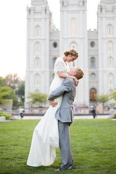 I just pinned this because I think this woman looks 8 feet tall. Wedding Pics, Wedding Bells, Dream Wedding, Wedding Hair, Modest Wedding Dresses With Sleeves, Dress Sleeves, Lace Sleeves, Bridesmaid Dresses, Lds