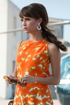 Alicia Vikander - Such a beauty. Loved her in Man from UNCLE and Ex-Machina Sixties Fashion, New Fashion, Trendy Fashion, Vintage Fashion, Fashion Outfits, Fashion Hair, Fashion Clothes, Modern 60s Fashion, Dress Fashion