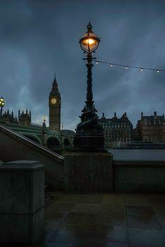 london lantern Big Ben River Beach Bridge City by Artem Rukosuev Westminster, City Photography, Landscape Photography, Photography Ideas, Beautiful World, Beautiful Places, Travel Around The World, Around The Worlds, Steampunk
