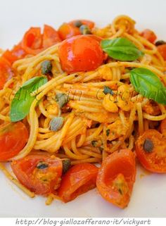 Spaghetti all'eoliana ricetta siciliana veloce vickyart arte in cucina