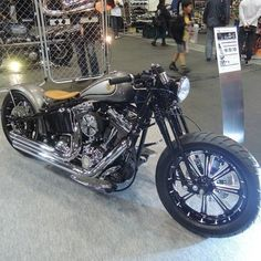 Bobber Inspiration | Harley-Davidson Softail bobber at the joints... | taku420 June 2014