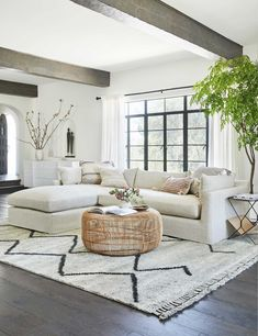 Boho Living Room, Living Room Modern, Home And Living, Living Room Designs, Living Room Shag Rug, Living Room Couches, Bohemian Living, Beautiful Living Rooms, Clean Living