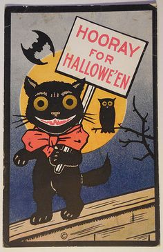 vintage Halloween black cat on fence, bats, owl, hooray! Vintage Halloween Cards, Vintage Halloween Decorations, Retro Halloween, Halloween Prints, Halloween Items, Halloween Signs, Halloween Cat, Vintage Holiday, Holidays Halloween