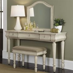 Liberty Furniture Rustic Traditions II 3 Piece Bedroom Vanity Set - 689-BR-VN