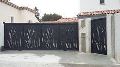 Portail coulissant découpe laser - Vente Portails Hyères Arles St Tropez
