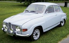 Saab 96 .....3 CYLINDER   thats me, baby in the back window