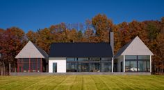 My kind of farm house: Contemporary, floor-to-ceiling wall-to-wall windows