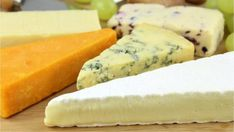 Arthritis Diet Treatment: 10 Foods To Avoid Vegan Cashew Cheese, Vegan Cheese Recipes, Vegetarian Recipes, Cooking Recipes, Charcuterie Cheese, Cheese Platters, Aperitivos Vegan, Fondue, Arthritis Diet