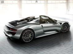 Porsche 918 : la brochure commerciale disponible au Mondial de Paris | AUTOMOTIV PRESS