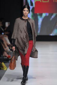 Lima Fashion Week | Kuna Alpaca Cape