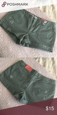 NWT Mossimo Shorts Purging my closet! Bundle for a discount! Mossimo Supply Co Shorts