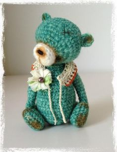 Looking for crocheting project inspiration? Check out Thread Crochet Miniature Bear