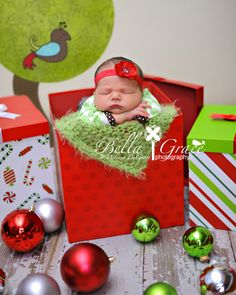 For a Friends christmas baby photo shoot