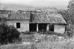Serre Alte di Matelica - Casa dove sono nato nel 1942. La foto è del 1964. (01)