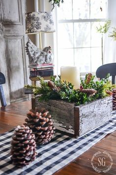 A STARRY CHRISTMAS HOUSE TOUR