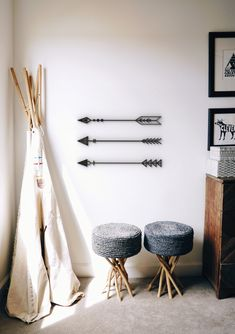 Arrows Set of 3 - Hanging Wall Art - Figure Wall Decor - Scandinavian Style Hygge - Home Wall Decor - Home Decor - Living Room - Gift Home Wall Decor, Room Decor Bedroom, Living Room Decor, Bedroom Inspo, Wall Art Sets, Hanging Wall Art, Cute Room Ideas, Hygge Home, Pretty Room