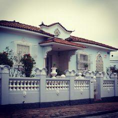 Beautiful mansion at Guganis Street, Sao Paulo / Brazil (Rua Antonio Guganis esq. Rua Leôncio de Magalhães-Jard.São Paulo-SP-Brasil