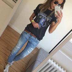 29 Essential Outfits To Inspire fashion Cute Street Style Ideas Sneakers Fashion Outfits, Athleisure Outfits, Tomboy Fashion, Mode Outfits, Look Fashion, Casual Outfits, Spring Summer Fashion, Spring Outfits, Outfit Summer