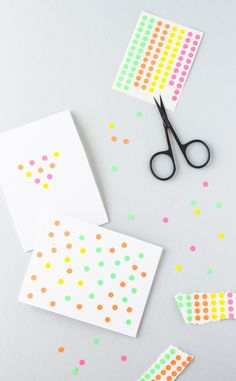 DIY // Blank Cards Decorated with Neon Office Labels