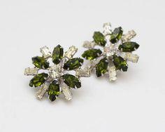 Green Rhinestone Flower Earrings  Vintage 1960s B David Clip