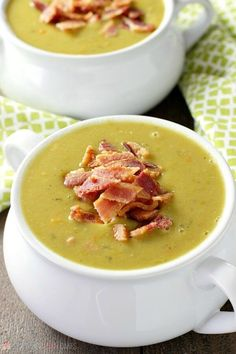 This delicious and healthy Slow Cooker Split Pea Soup is a cinch to put together. Serve it with a crusty bread for an easy, affordable meal. --- PIN THIS RECIPE --- I'm beginning to think that Healthy Slow Cooker, Healthy Crockpot Recipes, Slow Cooker Recipes, Soup Recipes, Cooking Recipes, Crockpot Meals, Recipies, Pea Soup Crockpot, Delicious Recipes
