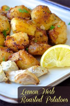 Lemon Herb Roasted Potato Nuggets ~ crispy flavour in every bite. a terrific side dish with many meals like any roast chicken or lamb dinner or to serve with Greek Souvlaki. Greek Recipes, Vegetable Recipes, Side Dish Recipes, Vegetarian Recipes, Cooking Recipes, Healthy Recipes, Vegan Blogs, Roast Recipes, Veggie Food