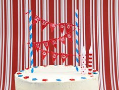 The TomKat Studio: {DIY Party Projects} Mini Cake Bunting Tutorial & Free Printable Alphabet Pages!