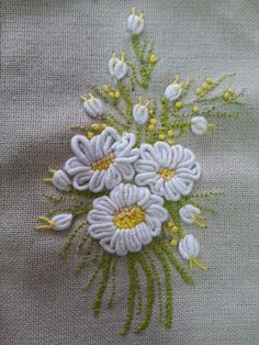 Wonderful Ribbon Embroidery Flowers by Hand Ideas. Enchanting Ribbon Embroidery Flowers by Hand Ideas. Brazilian Embroidery Stitches, Learn Embroidery, Embroidery For Beginners, Embroidery Techniques, Hardanger Embroidery, Silk Ribbon Embroidery, Cross Stitch Embroidery, Hand Embroidery, Embroidery Books