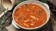 Tuto polévku můžete připravit z hlívy, nicméně letos hojně rostou růžovky a hub…