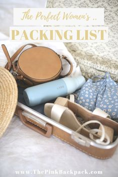 The ultimate guide on how to travel with hand luggage only. Top tips on how to choose the perfect travel bag, what clothes to pack for a versatile wardrobe, everything you need to know about packing lightly. Large Luggage, Hand Luggage, Carry On Luggage, Luggage Suitcase, Luggage Bags, Backpacking List, Ultralight Backpacking, Packing Tips, Travel Packing
