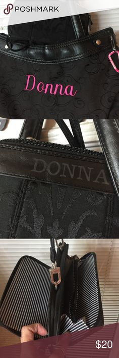 Thirty one skirt purse matching wallet shoulder Thirty one skirt shoulder wallet also shoulder wallet sorry my name DONNA is on it for any Donna's out there thirty one Bags Shoulder Bags