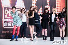 Kpop Girl Groups, Kpop Girls, Neon Heart Light, Slam Dunk, Music Tv, Jinyoung, K Idols, Season 2, Rap